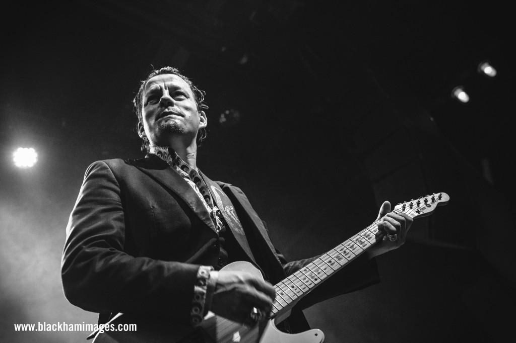 Ian Siegal Bluesfest WM-1