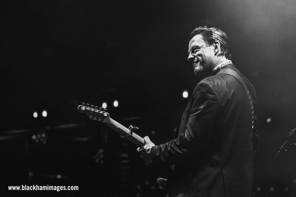 Ian Siegal Bluesfest WM-8_Snapseed